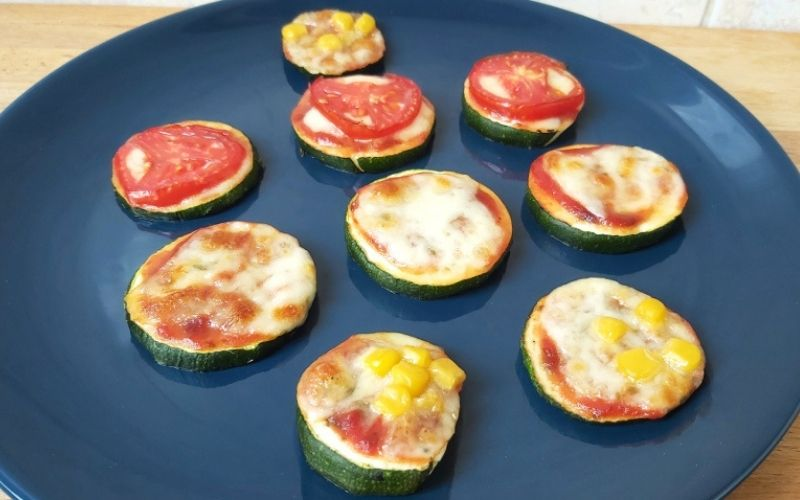 Cukkini mini pizza